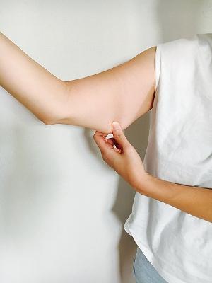 【二の腕痩せ】引き締まった二の腕になる方法/初級編